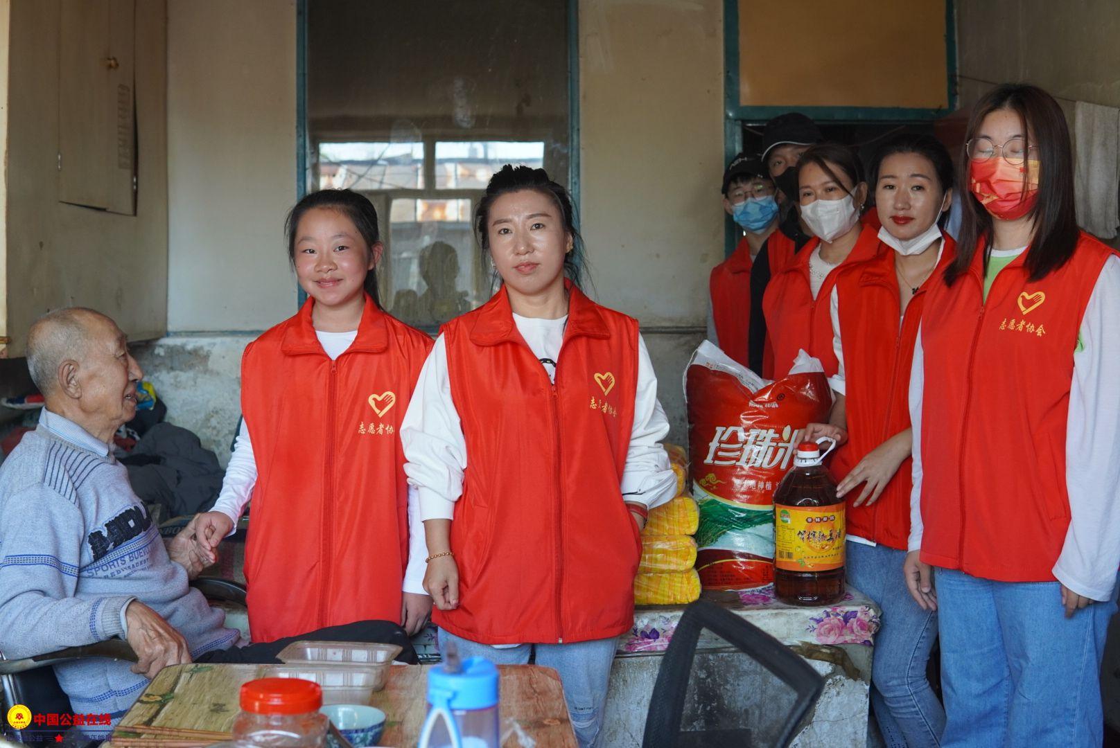 克东县志愿者协会做慈善事业的行动者 当爱心奉献的传播者。